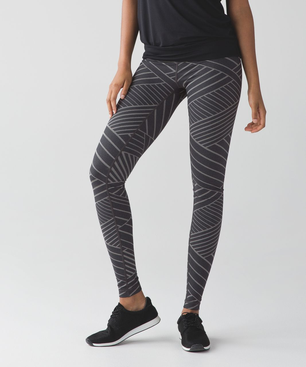 7404e7abc921db Lululemon Wunder Under Pant III - Luon Metallic Lumatrix Heathered Deep  Coal Silver - lulu fanatics