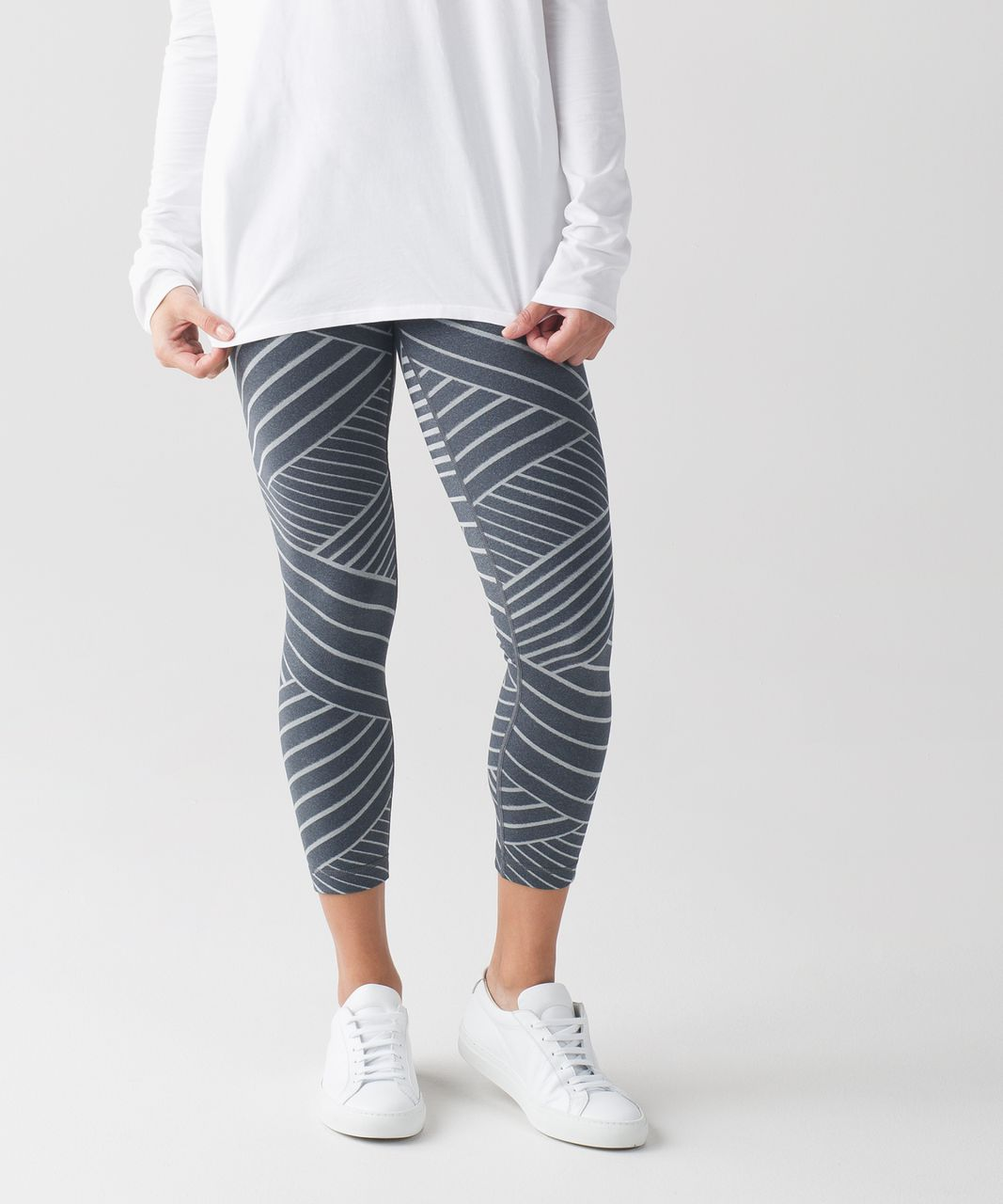 Lululemon High Times Pant - Luon Metallic Lumatrix Heathered Deep Coal Silver
