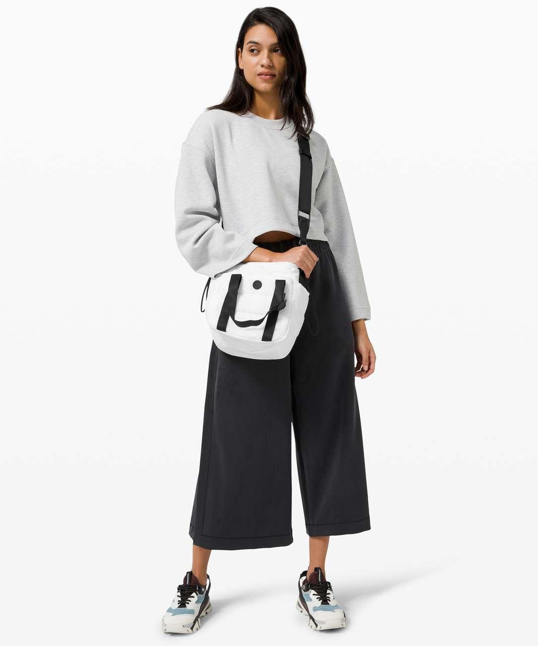Lululemon Dash All Day Bucket Bag *6.5L - White