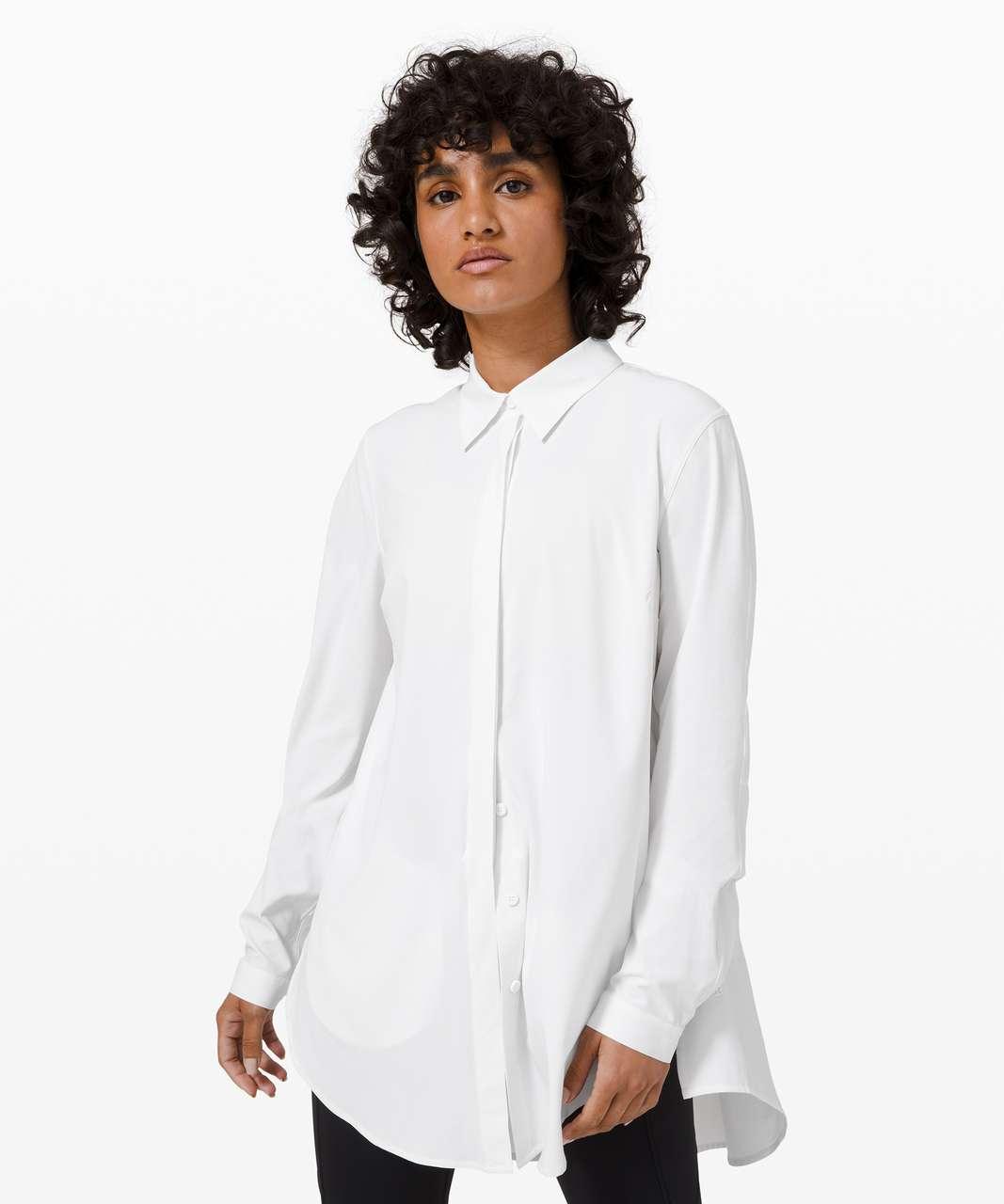 Lululemon In the Moment Shirt - White