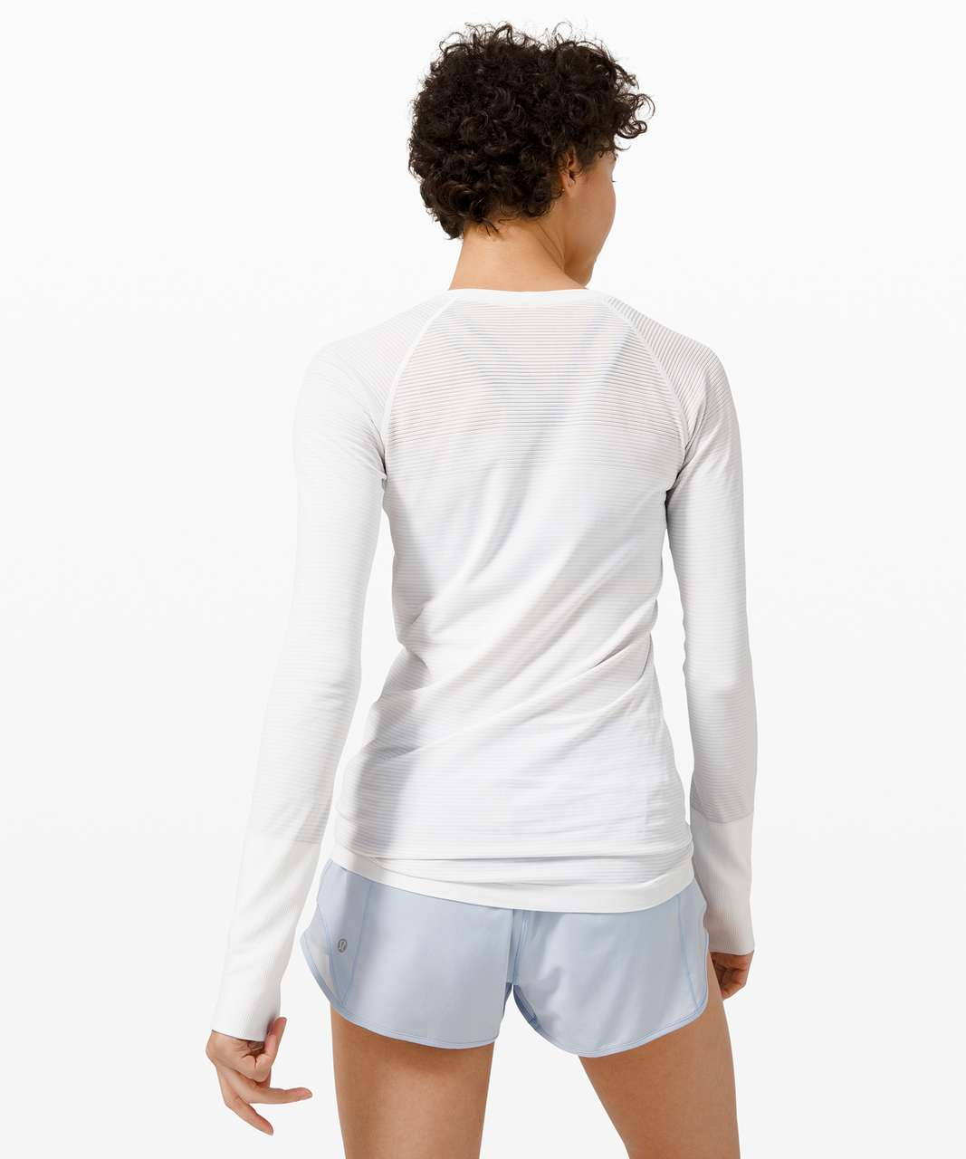 Lululemon Swiftly Tech Long Sleeve 2.0 - Colour Shift White / Blue