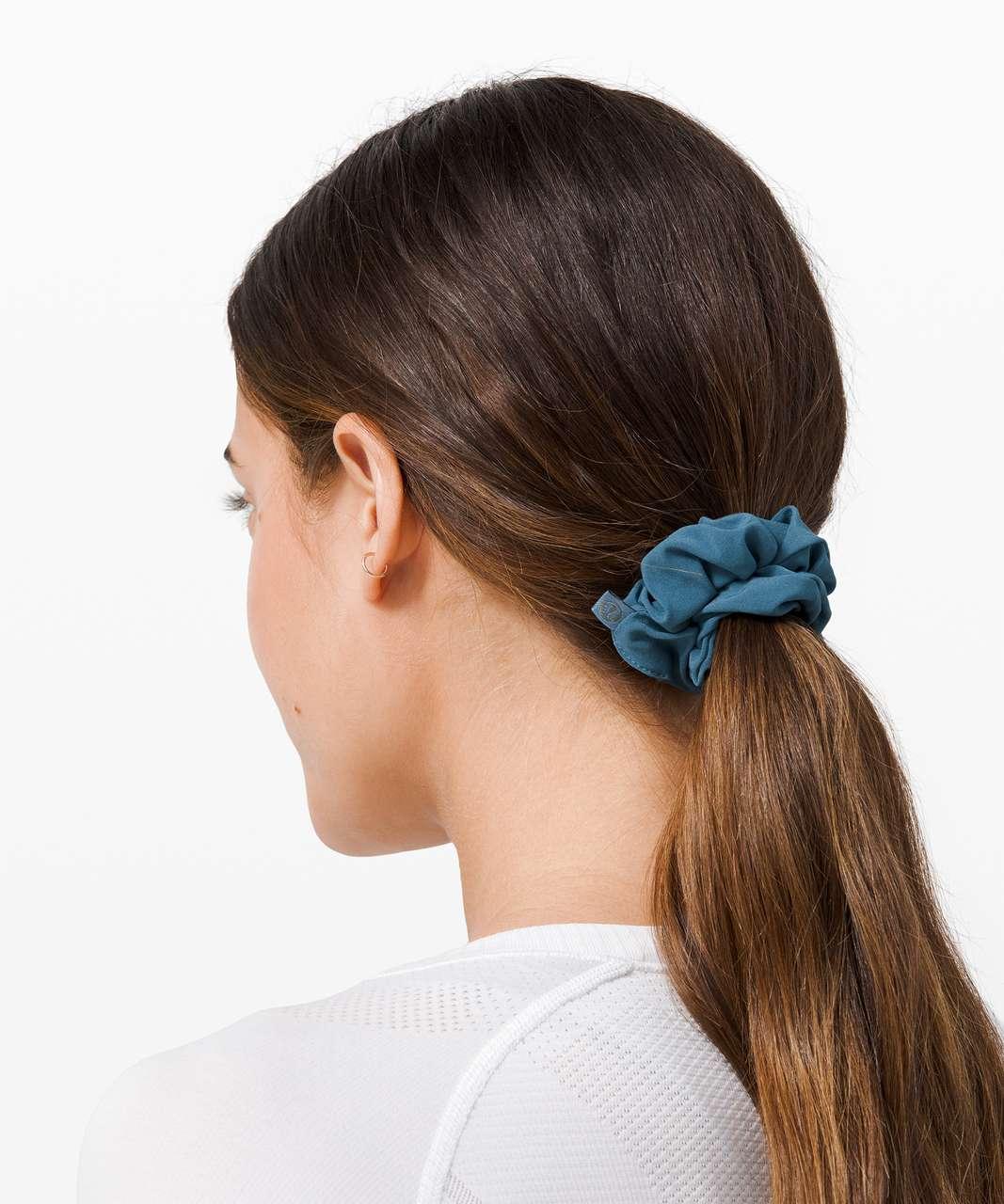 Lululemon Uplifting Scrunchie - Petrol Blue