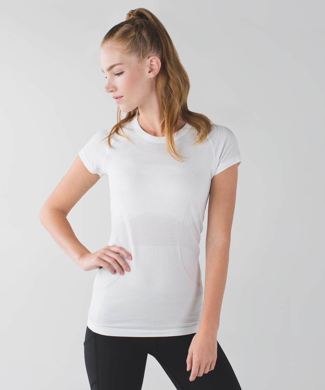 Lululemon Swiftly Tech Short Sleeve - White