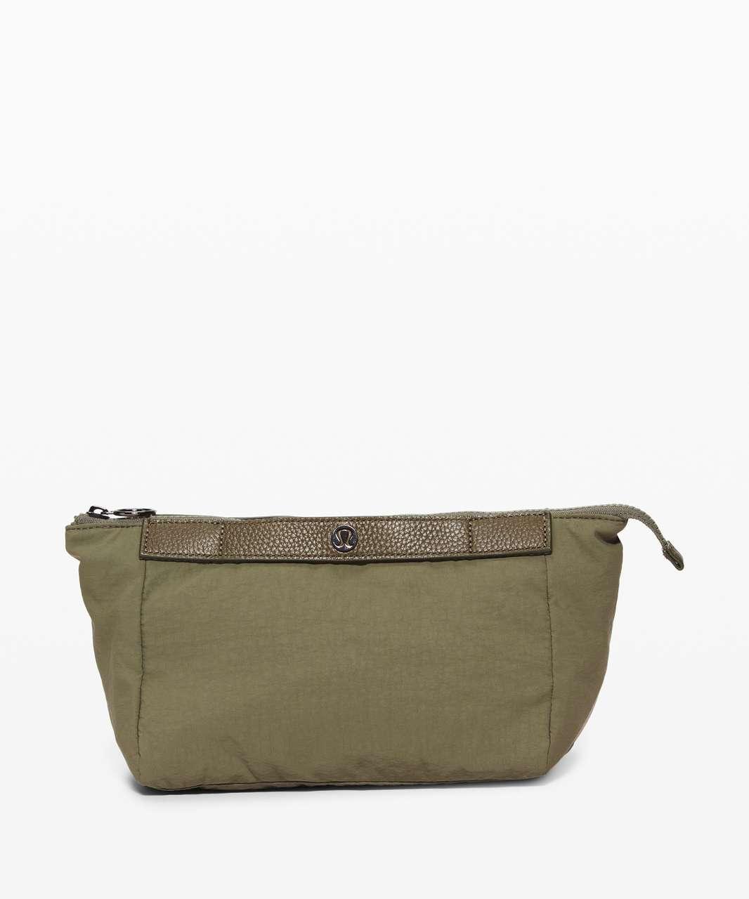 Lululemon Travel Easy Kit *4.5L - Medium Olive