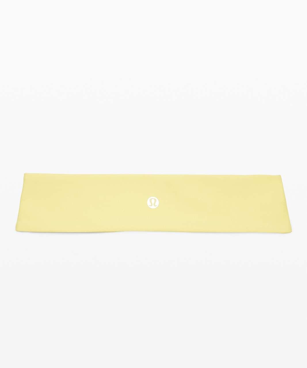 Lululemon Fly Away Tamer Headband II *Luxtreme - Lemon Vibe