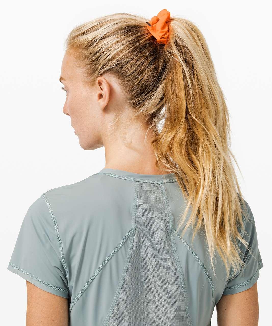 Lululemon Uplifting Scrunchie - Highlight Orange