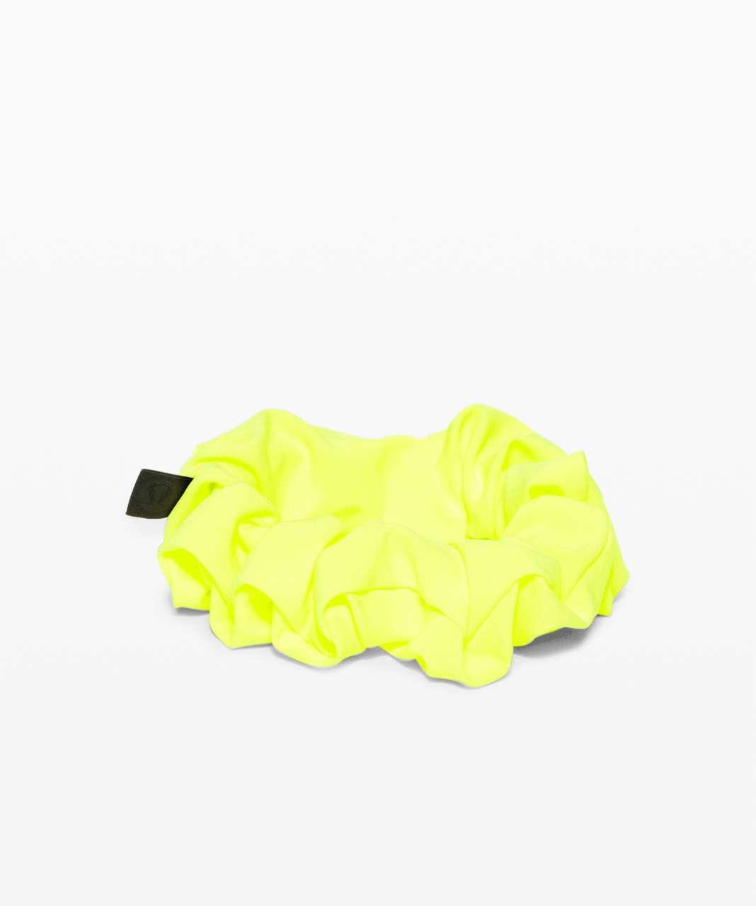 Lululemon Uplifting Scrunchie - Highlight Yellow