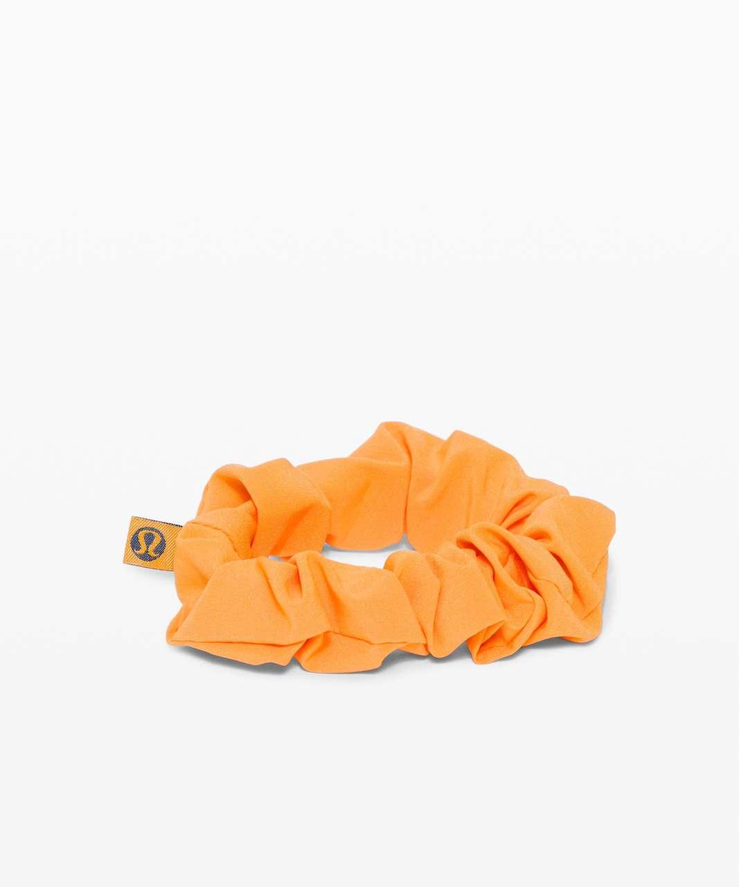 Lululemon Uplifting Scrunchie - Tiger