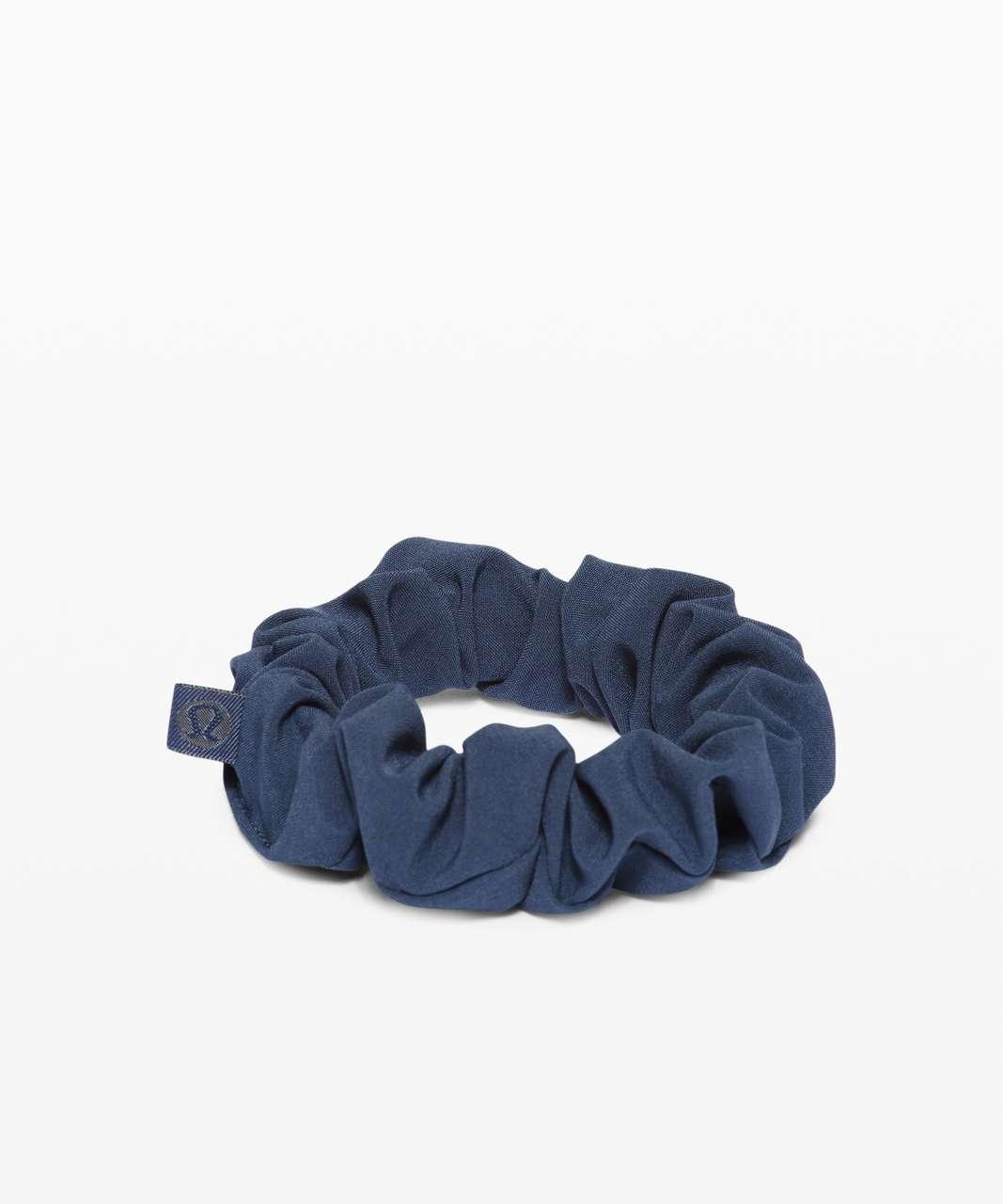 Lululemon Uplifting Scrunchie - Iron Blue