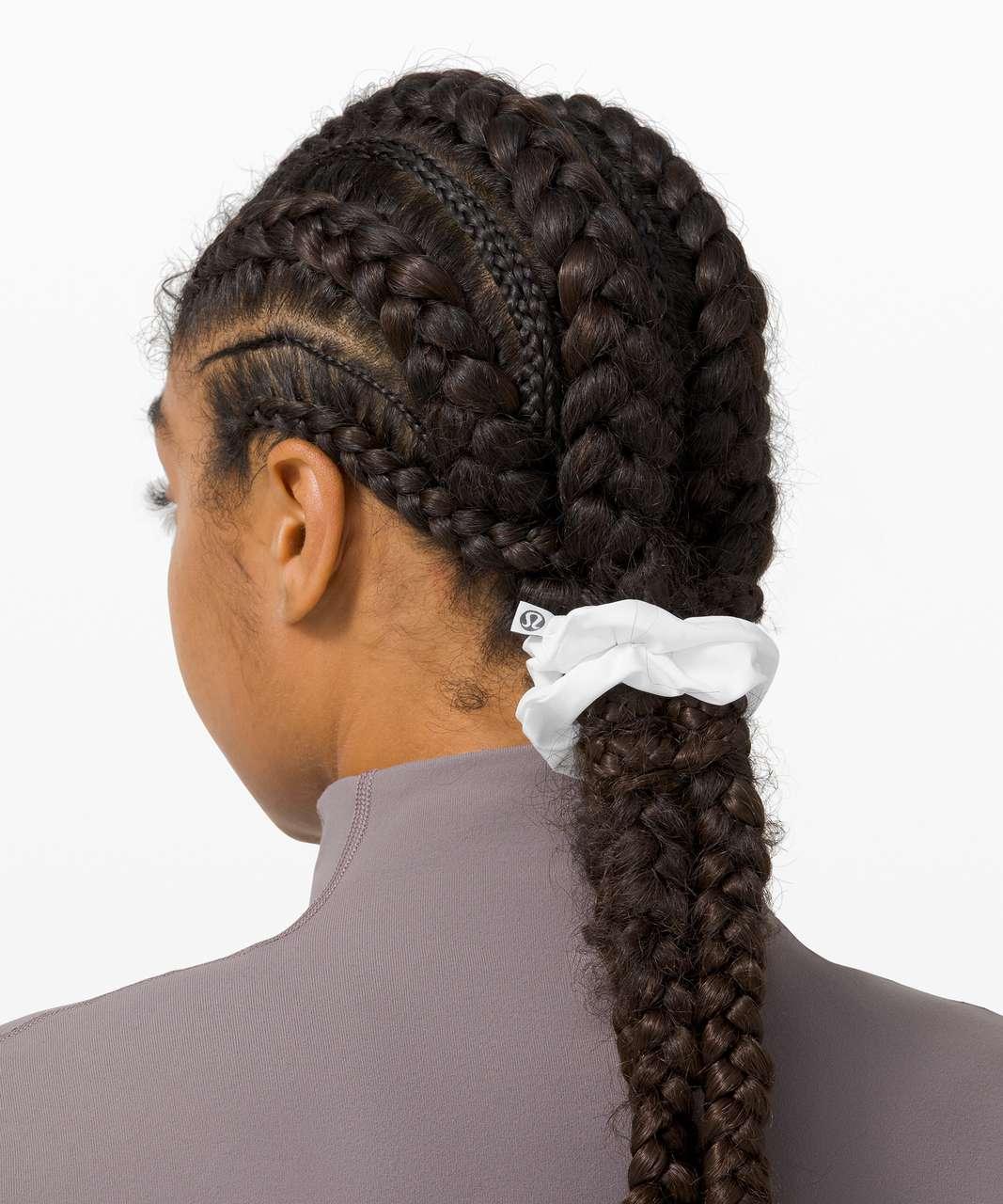 Lululemon Uplifting Scrunchie - Poco Logo Foil White