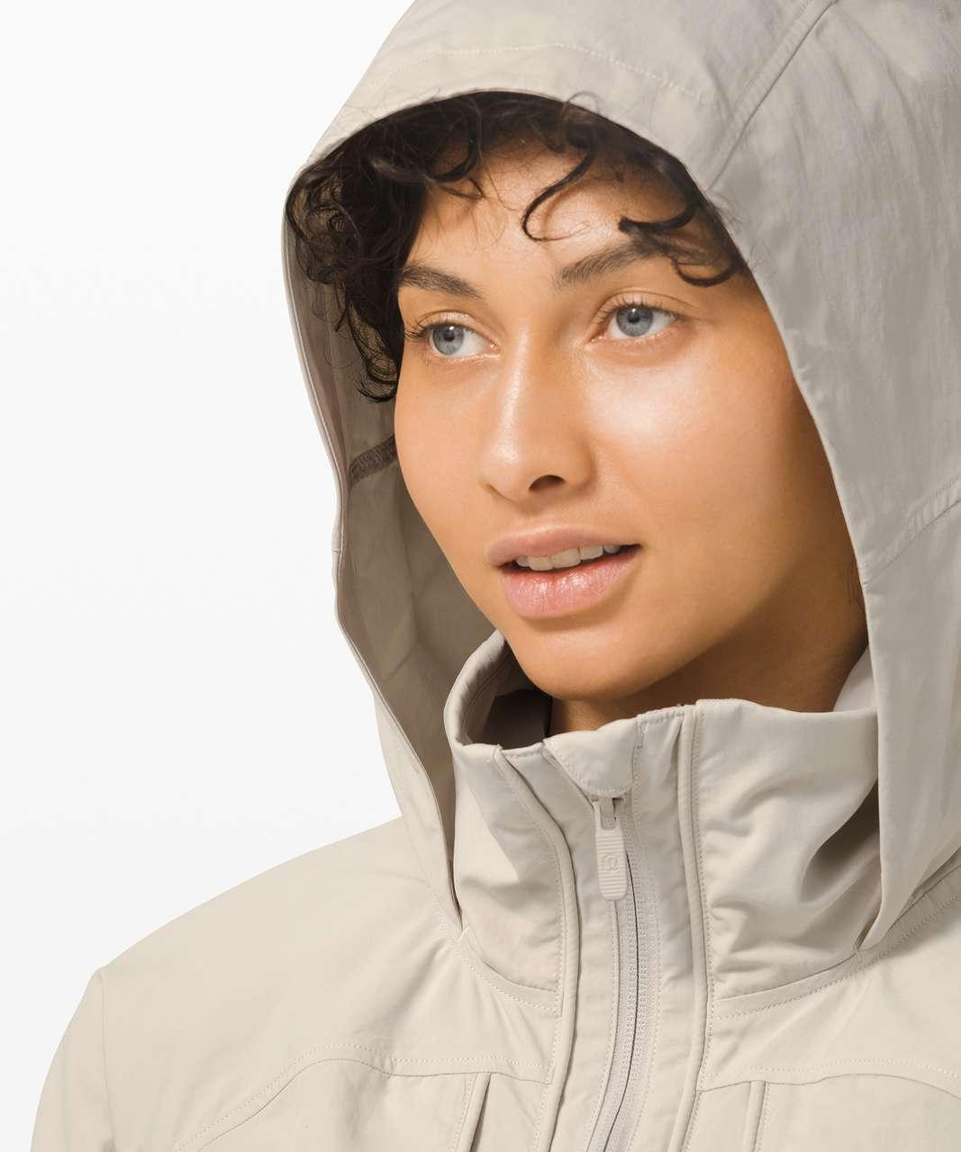 Lululemon Always Effortless Jacket - Dune