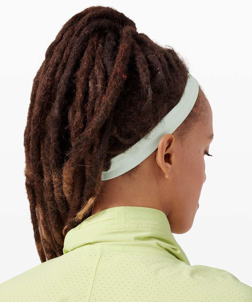 Lululemon Cardio Cross Trainer Headband - Island Mist / White