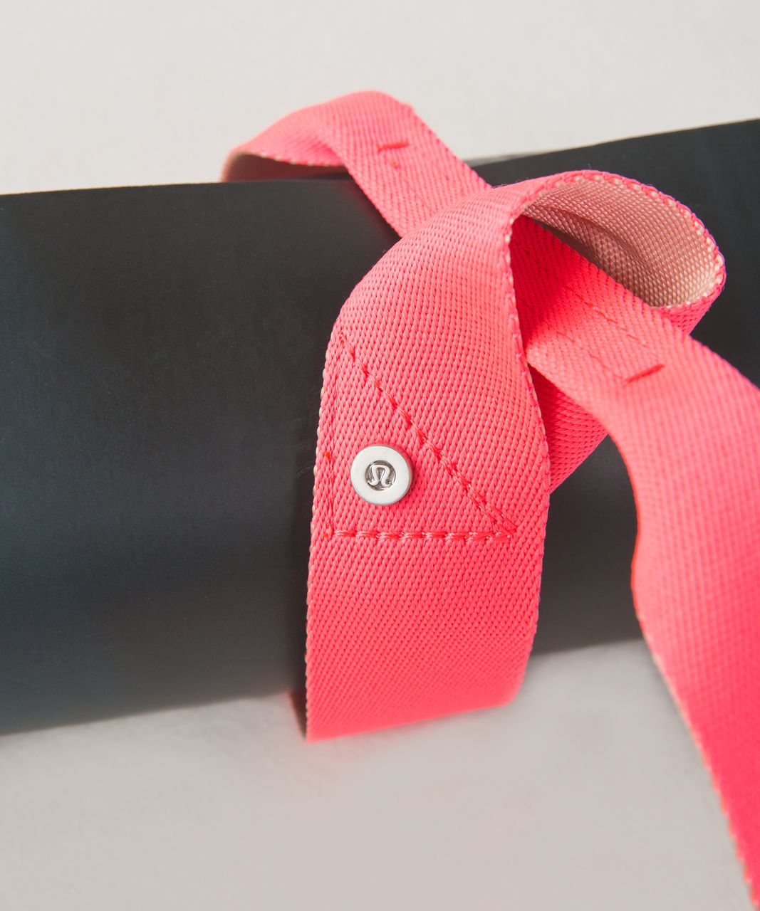 Lululemon Loop It Up Mat Strap - Electric Coral / Butter Pink