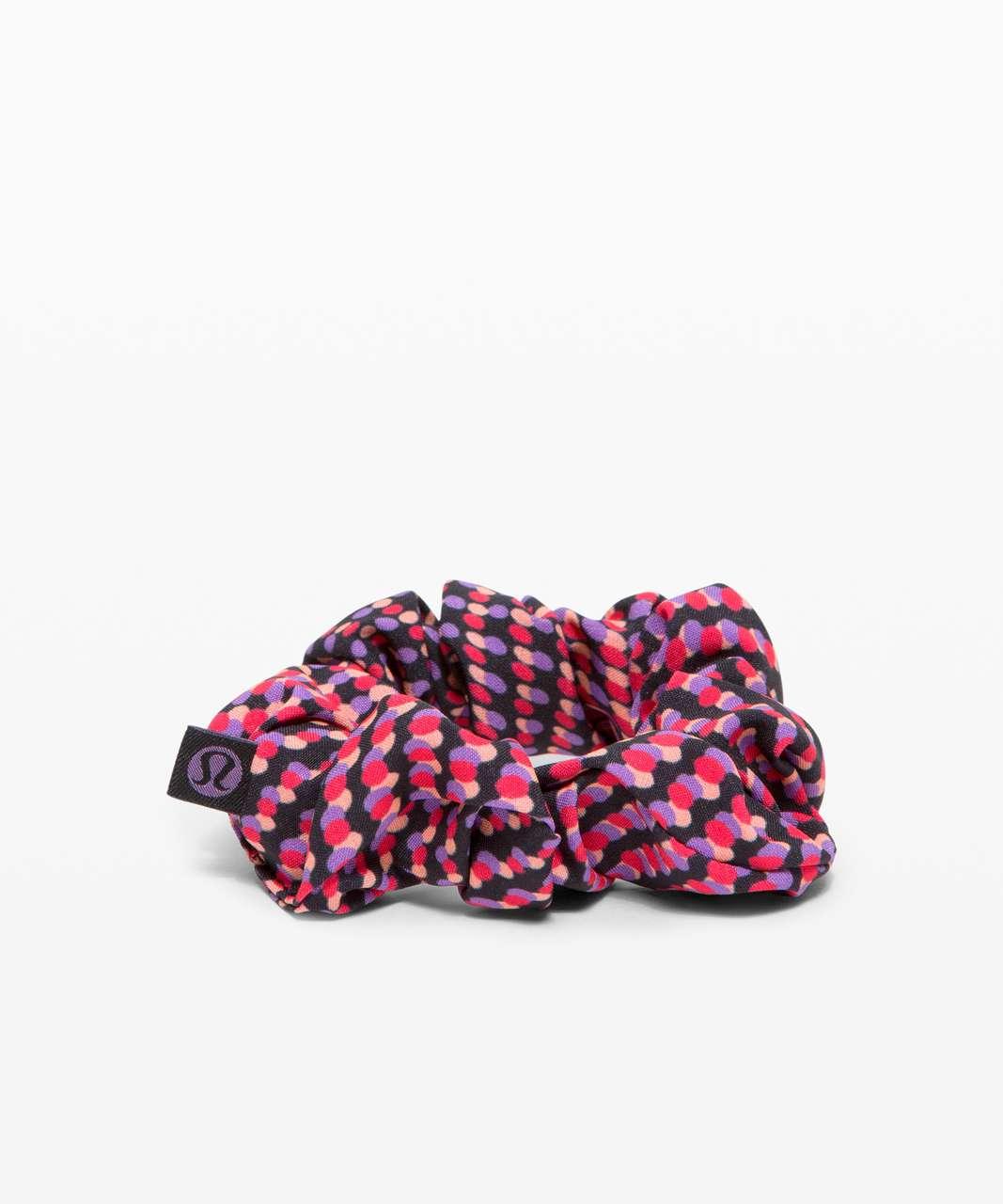 Lululemon Uplifting Scrunchie *SeaWheeze - Race Pace Flare Multi
