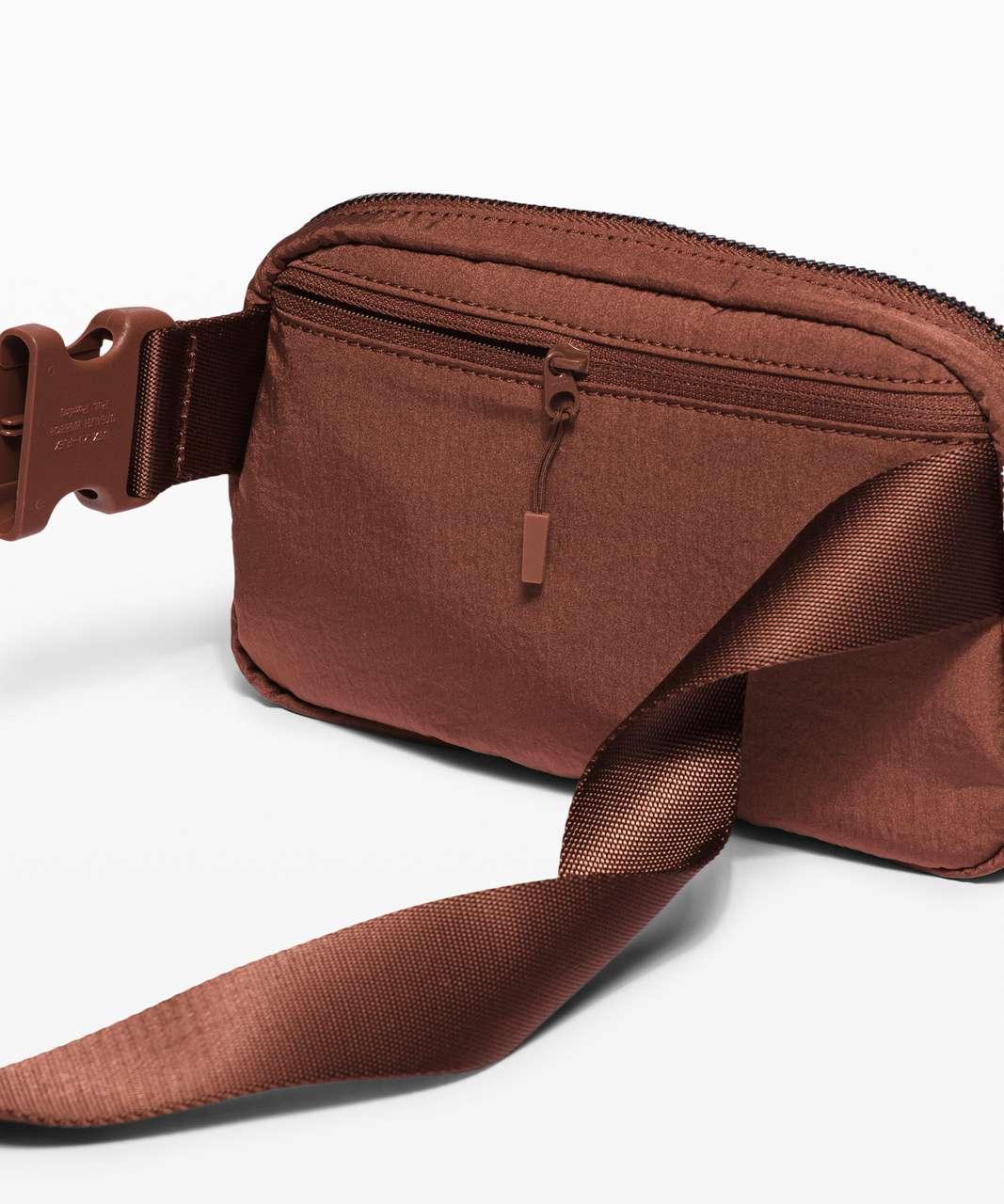 Lululemon Everywhere Belt Bag *1L - Ancient Copper