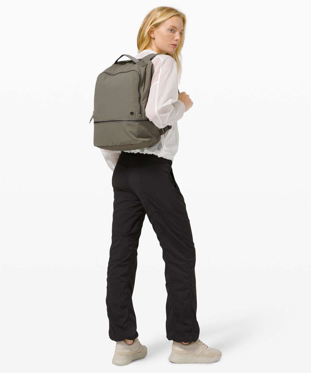 Lululemon City Adventurer Backpack *17L - Grey Sage