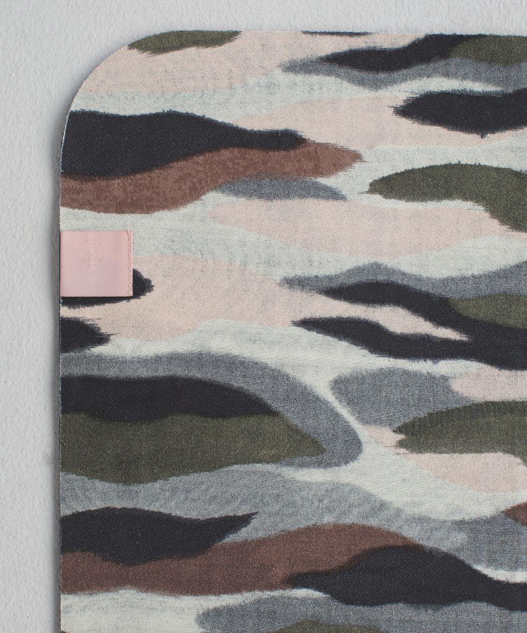 Lululemon The Towel - Coast Camo Butter Pink Multi
