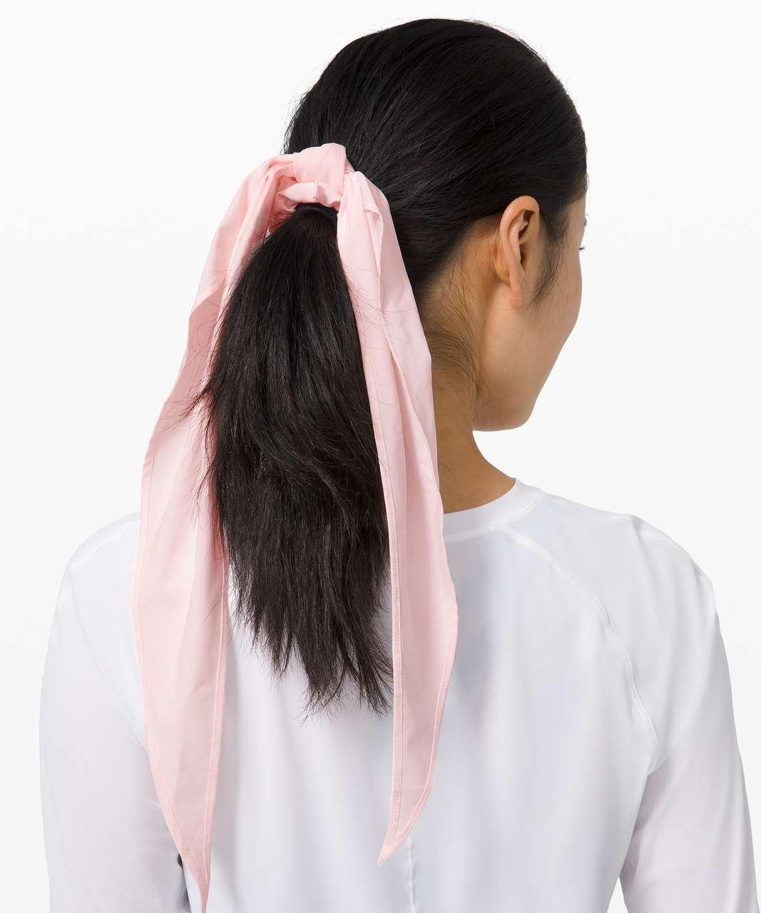 Lululemon Uplifting Scrunchie *Flow - Pink Glow