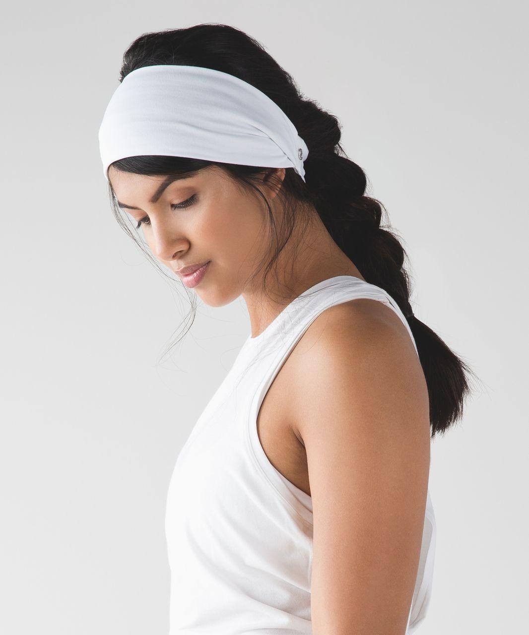 Lululemon Fringe Fighter Headband - White / Black / White