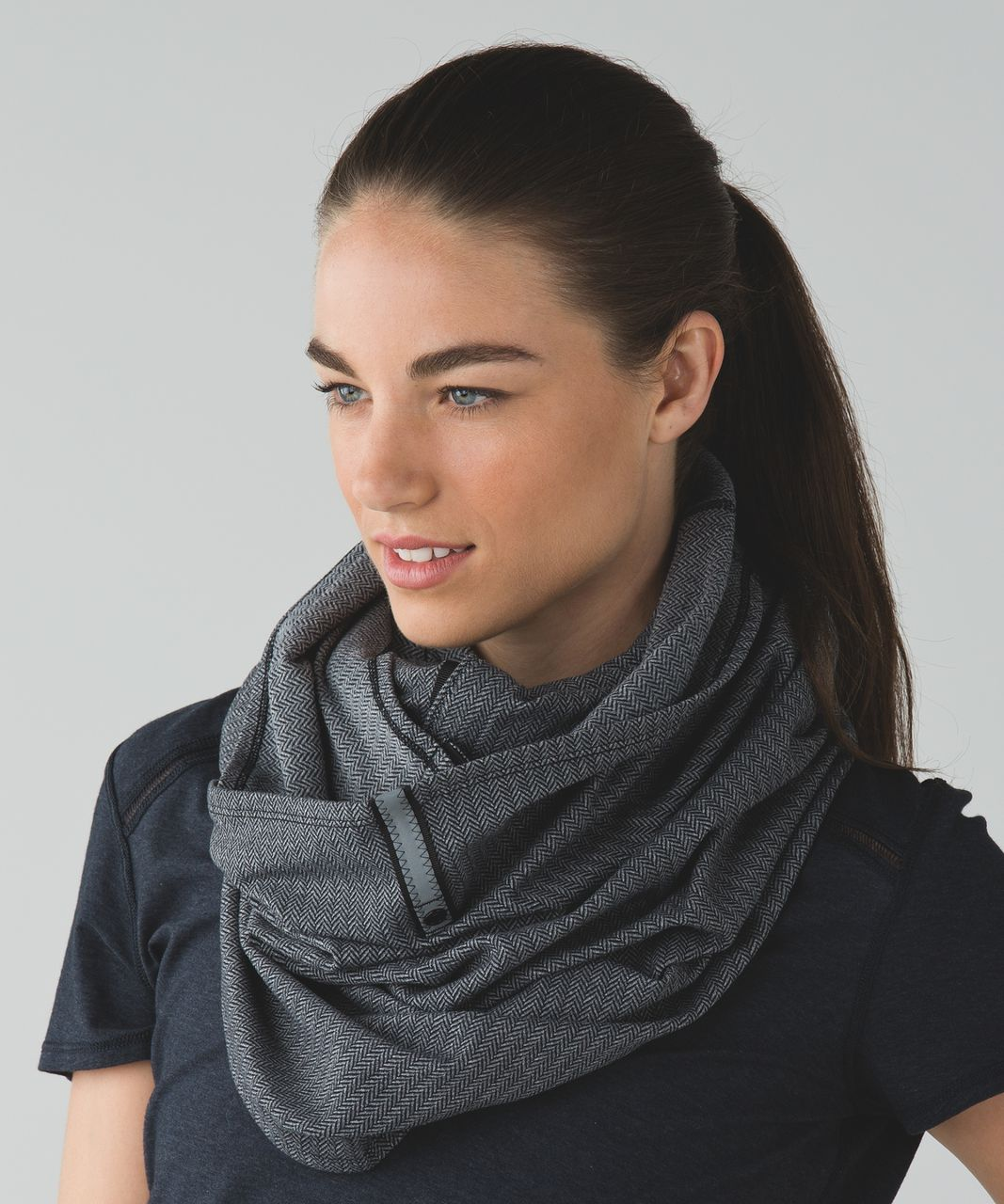 Lululemon Vinyasa Scarf - Heathered Herringbone Heathered Slate Black