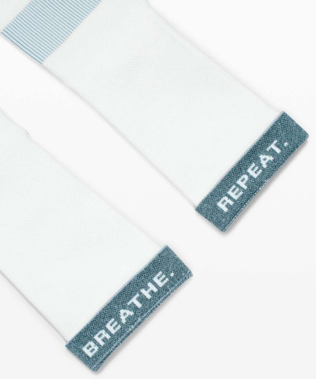 Lululemon Power Stride Crew Sock *Stripe - White / Hazy Jade