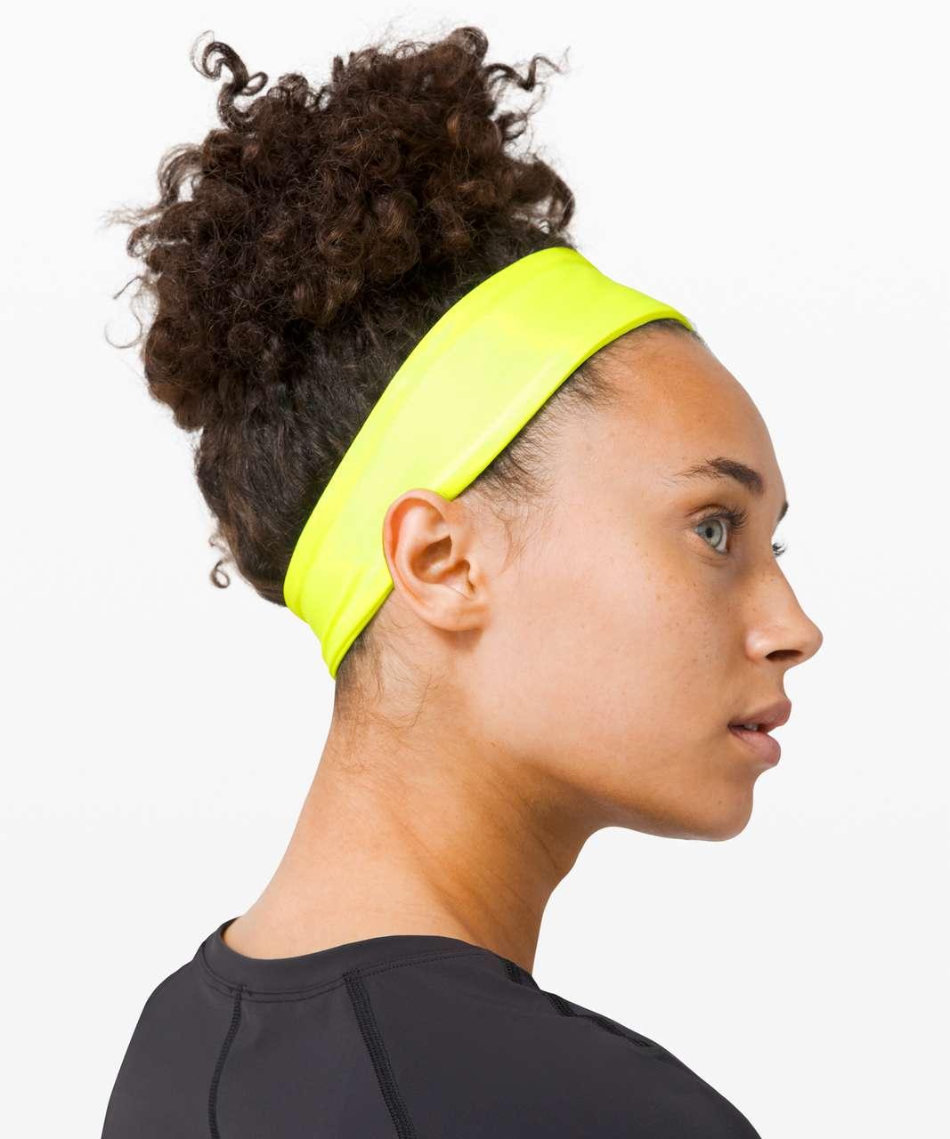 Lululemon Fly Away Tamer Headband II *Luxtreme - Highlight Yellow
