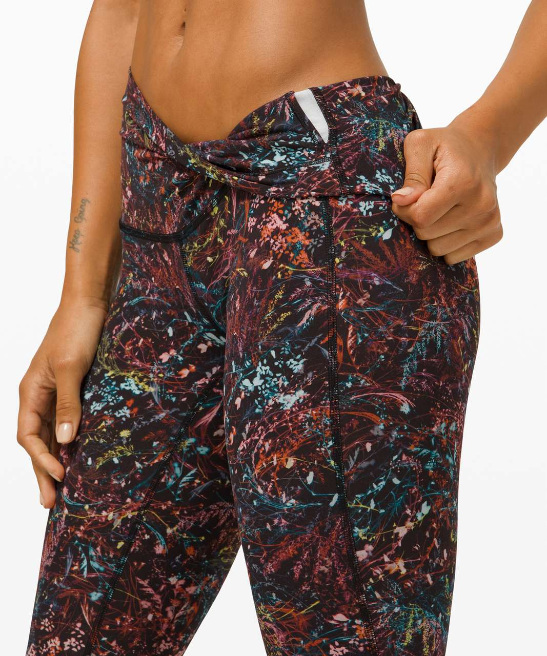 "Lululemon Wunder Under High-Rise Crop 23"" *Updated Scallop Full-On Luxtreme - Foliage Overlay Multi"