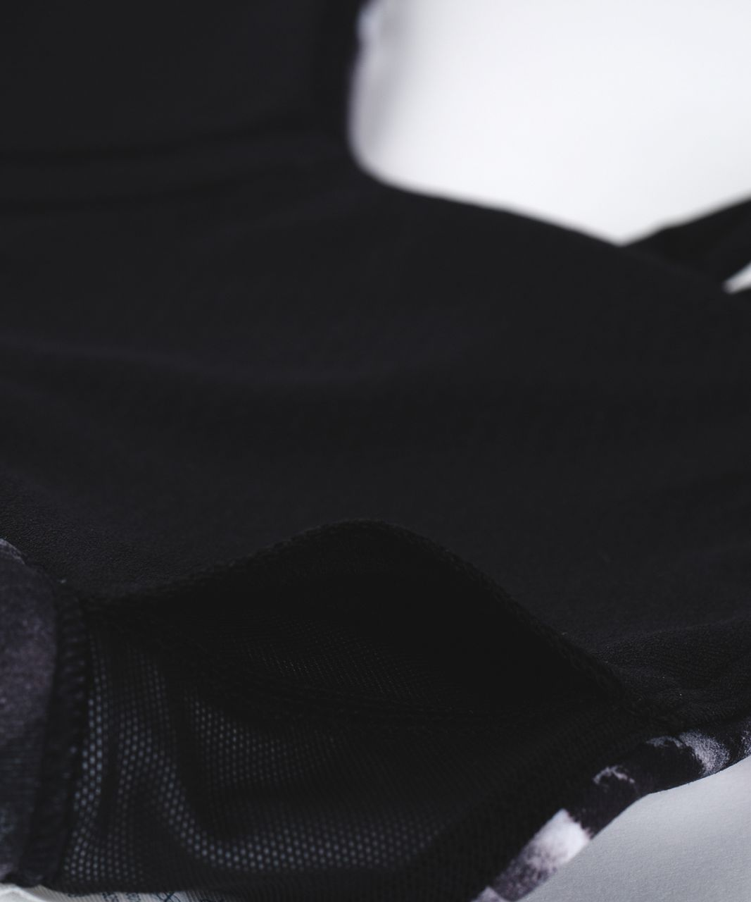 Lululemon Free To Be Zen Bra - Mini Obscurred Black Dusty Mauve / Black