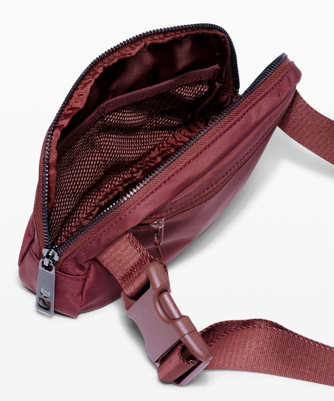 Lululemon Everywhere Belt Bag *1L - Savannah