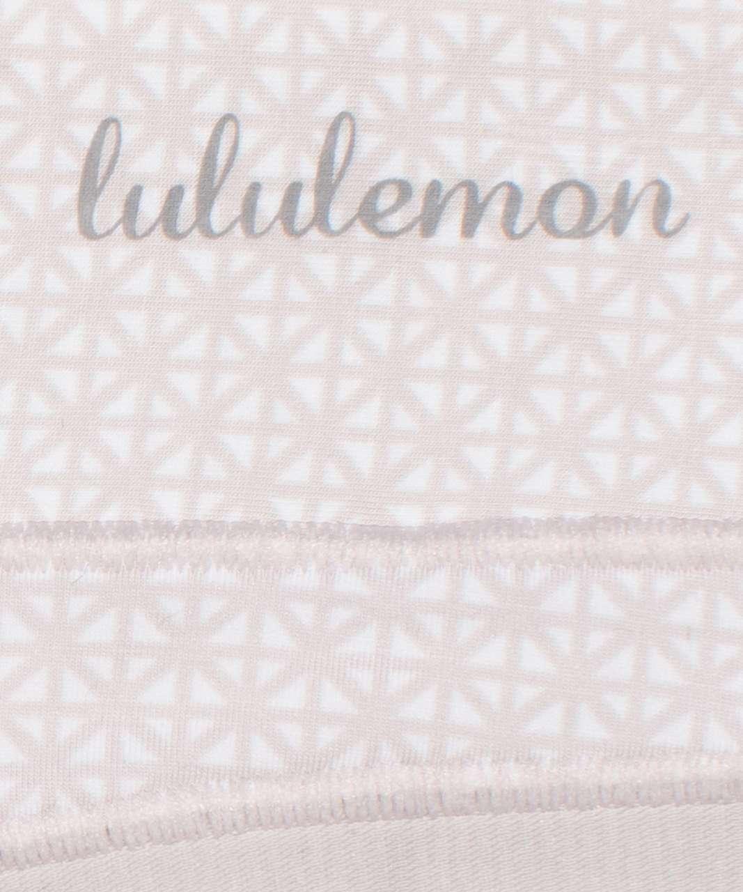 Lululemon Soft Breathable Thong *3 Pack - Black / Misty Shell / Lattice Work Mini White Chrome