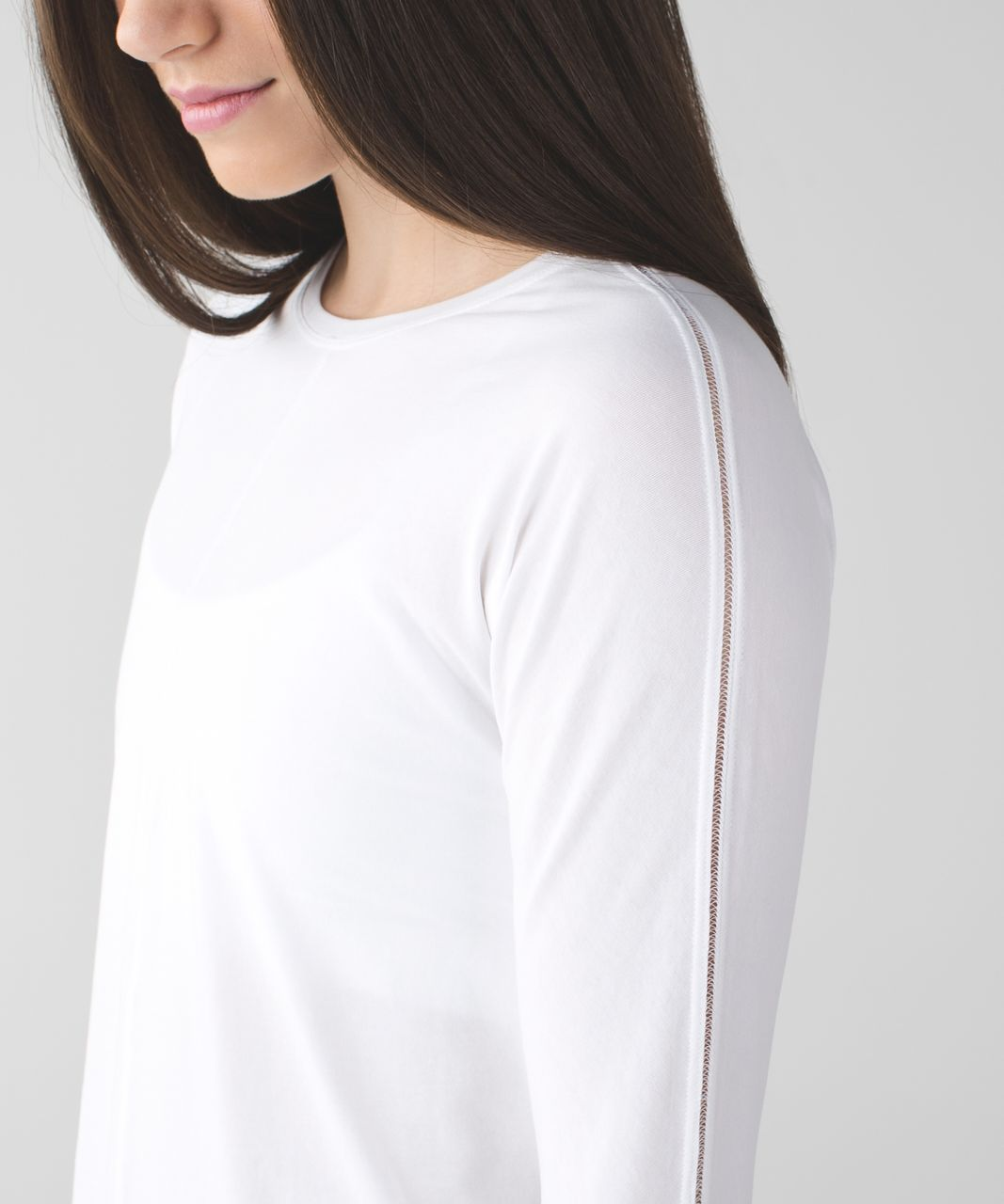 Lululemon Trapeze Long Sleeve - White