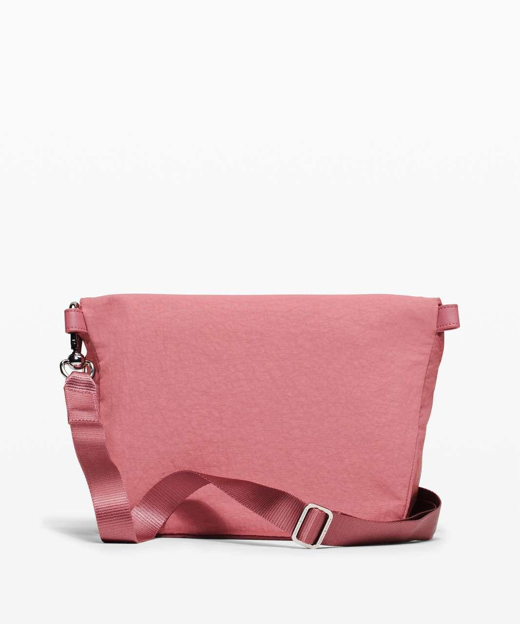 Lululemon All Night Festival Bag *5L - Deco Pink