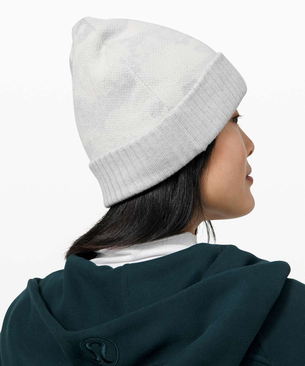 Lululemon Room for Warmth Beanie - Heathered Core Ultra Light Grey / Antique White