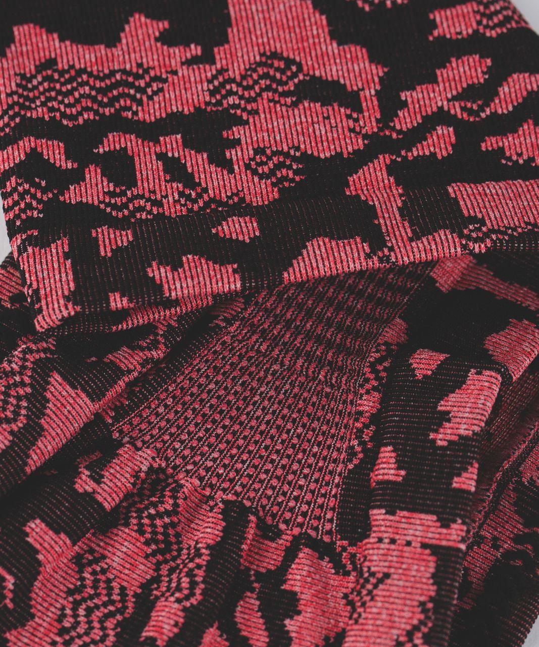 Lululemon Bangs Back Headwrap - Heathered True Red / Black