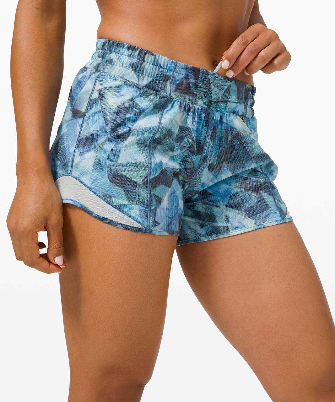 "Lululemon Hotty Hot Short II *Long 4"" - City Shadow Alpine White Multi / Blue Glow"
