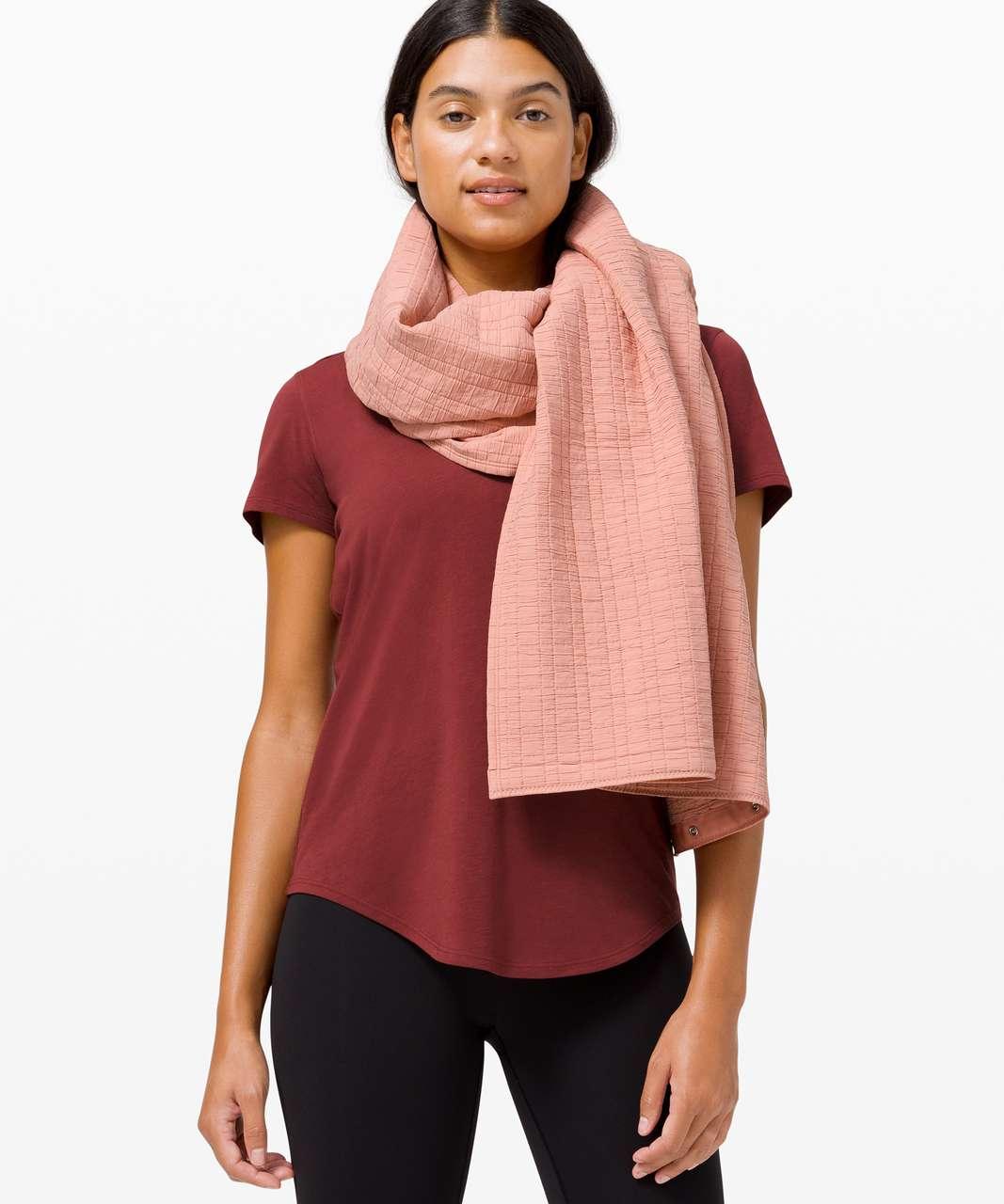 Lululemon Vinyasa Scarf *Quilt - Pink Pastel