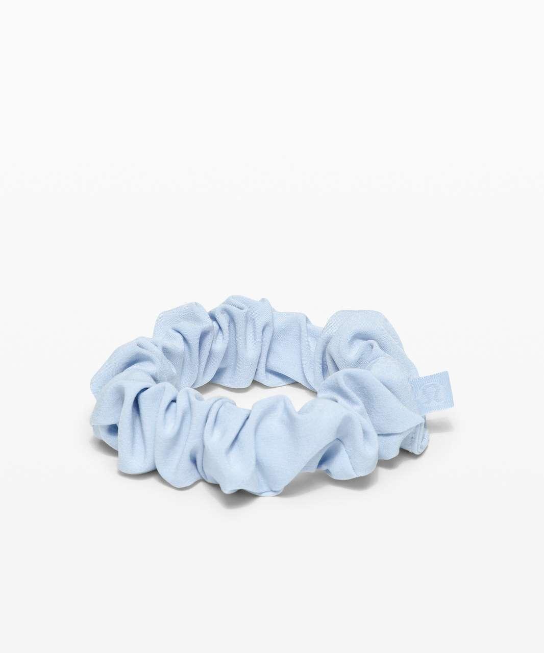 Lululemon Uplifting Scrunchie - Blue Linen