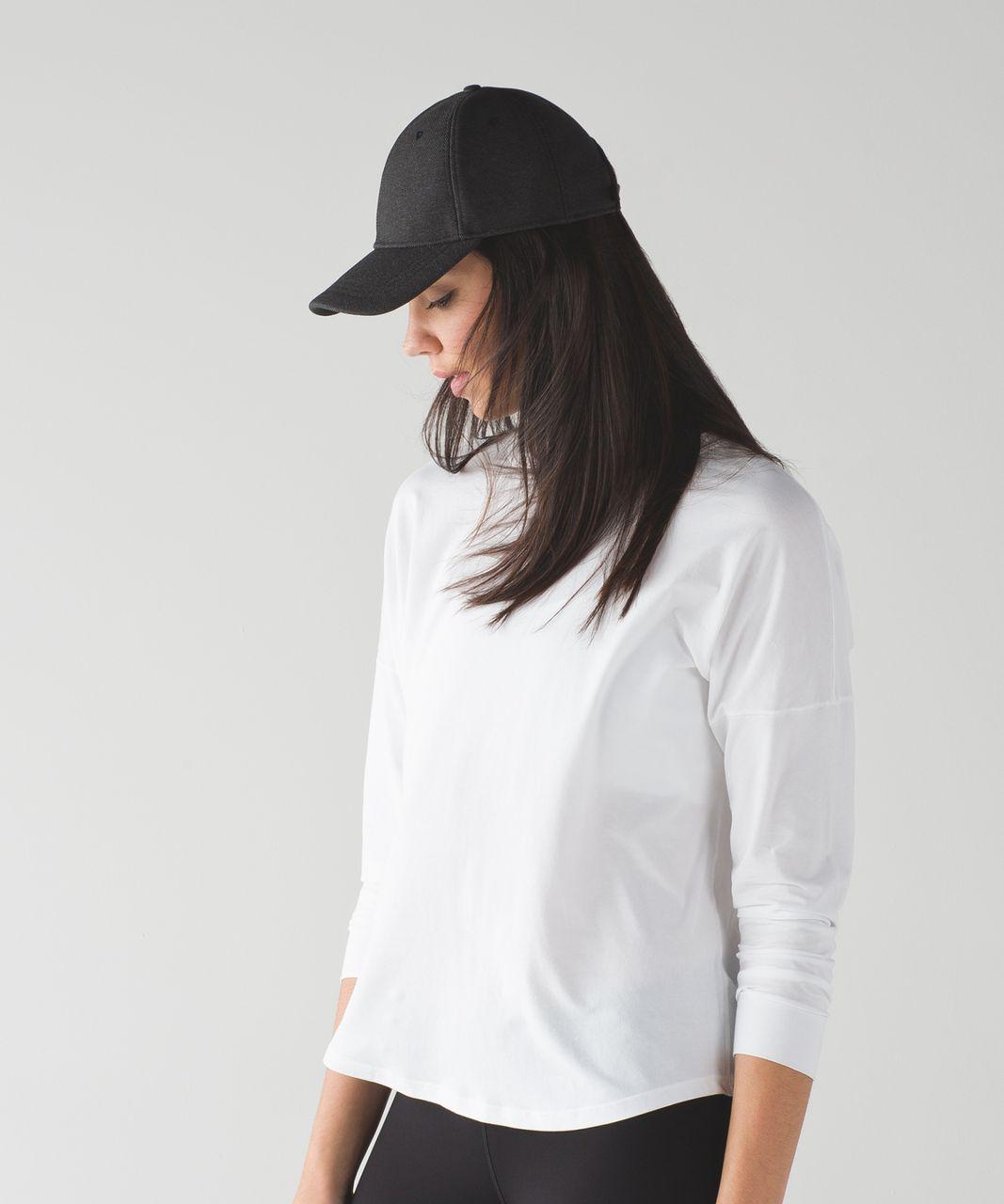 Lululemon Baller Hat Softshell - Black / Dark Carbon / Black