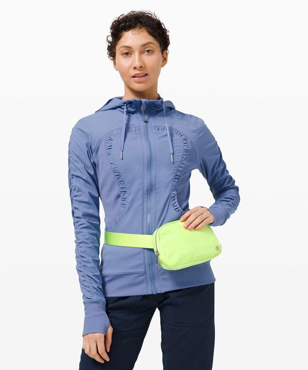 Lululemon Everywhere Belt Bag *1L - Neo Mint