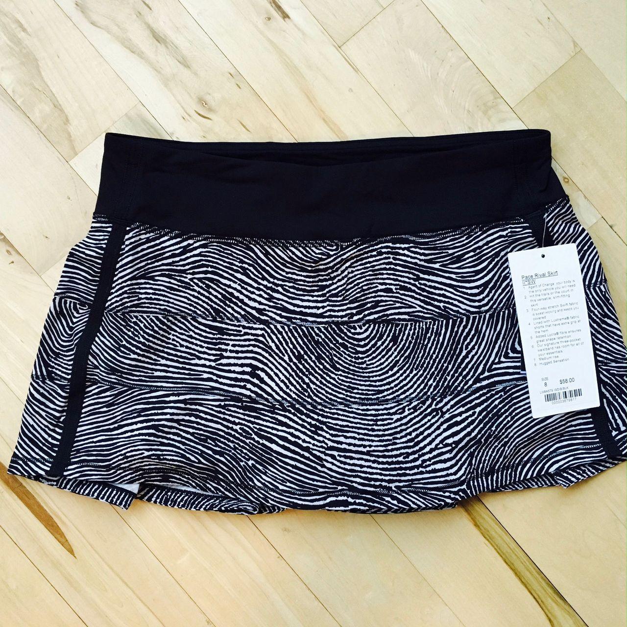 Lululemon Pace Rival Skirt II (Regular) - 2016 Seawheeze - Who Done It Black / Black