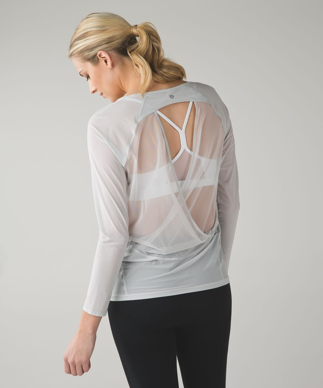 Lululemon If Youre Lucky Long Sleeve Tee II - Silver Spoon