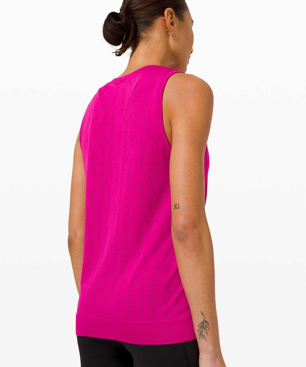 Lululemon Swiftly Breathe Muscle Tank Top *Fletching Lines - Fletching Lines Ripened Raspberry