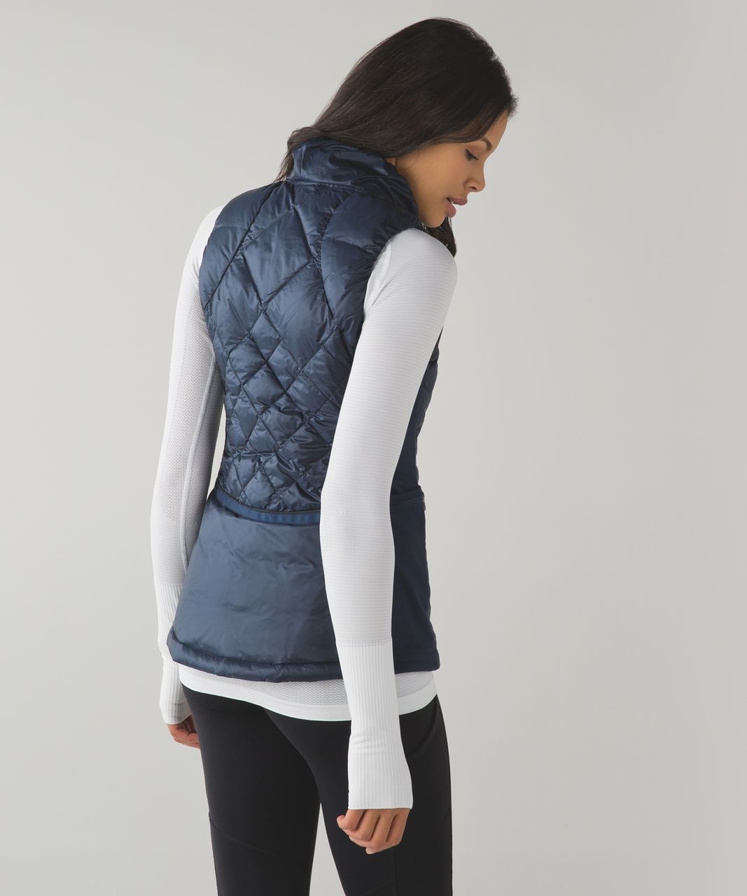 Lululemon Down For A Run Vest - Inkwell - lulu fanatics