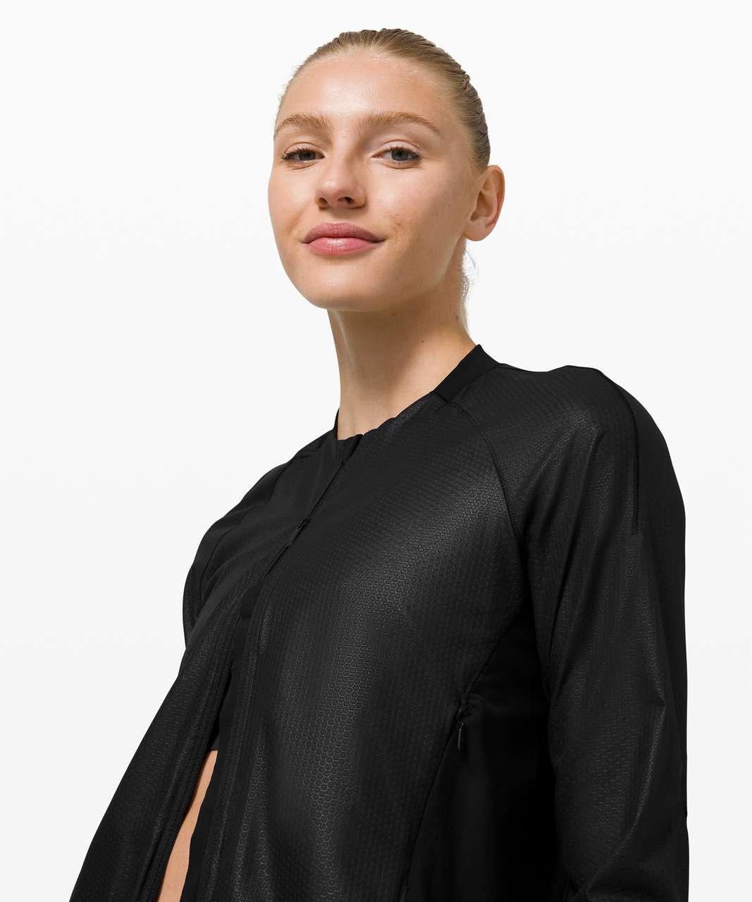 Lululemon Lightweight Run Jacket *Emboss - Black