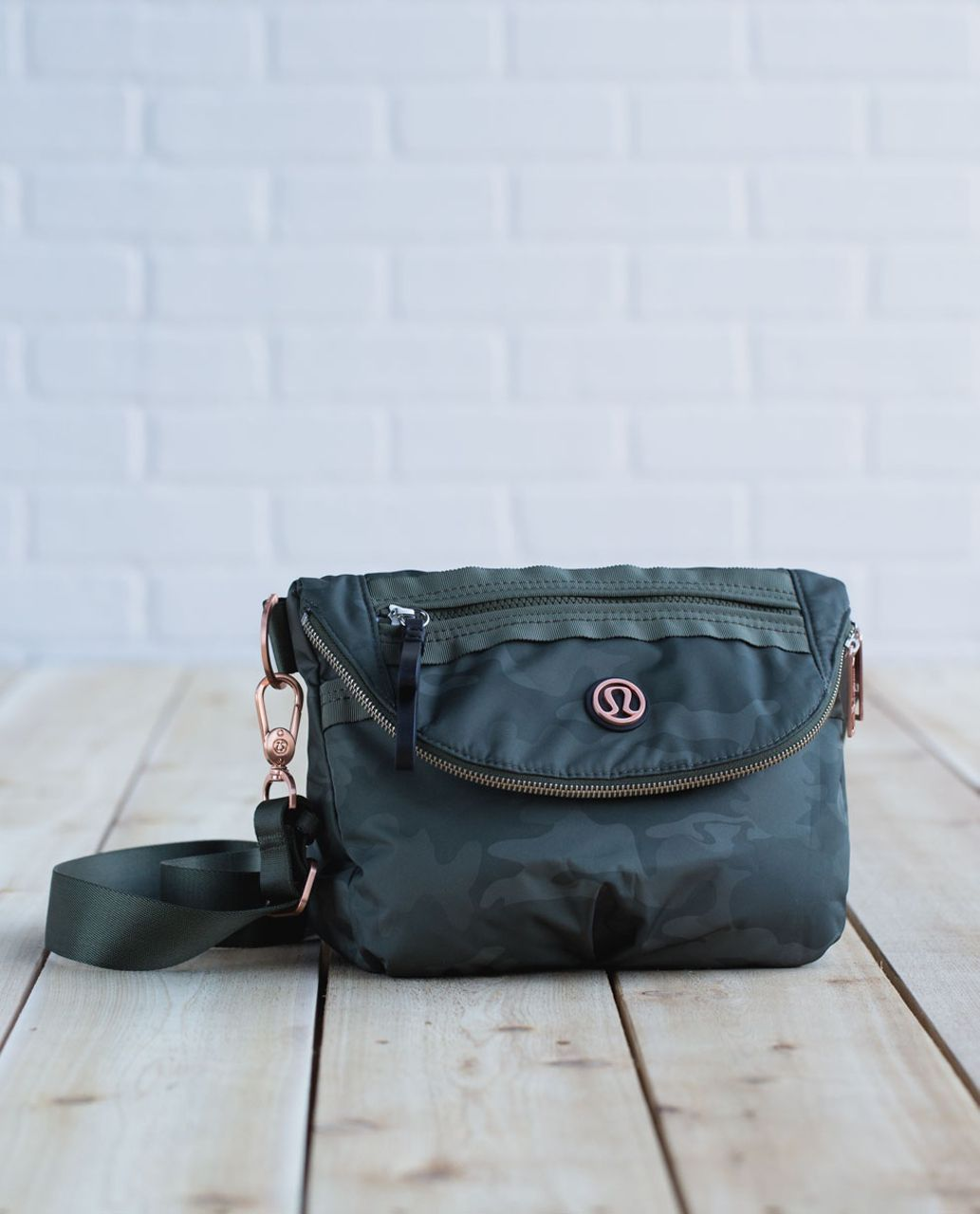 Lululemon Festival Bag *Polyester - Savasana Camo 20cm Fatigue Green