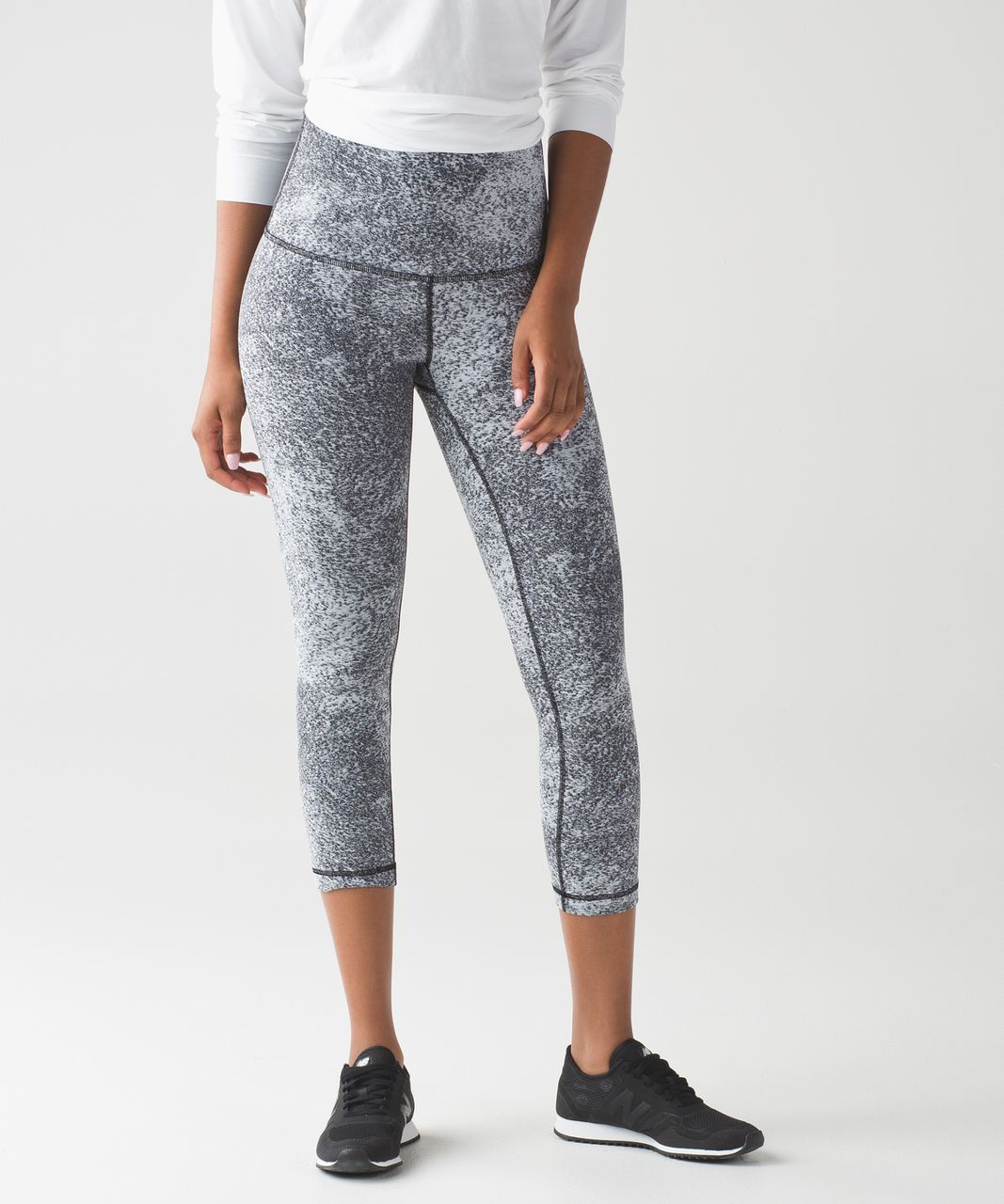 2e0e82df2de4 Lululemon Wunder Under Crop (Hi-Rise) - Luon Spray Jacquard White Black -  lulu fanatics