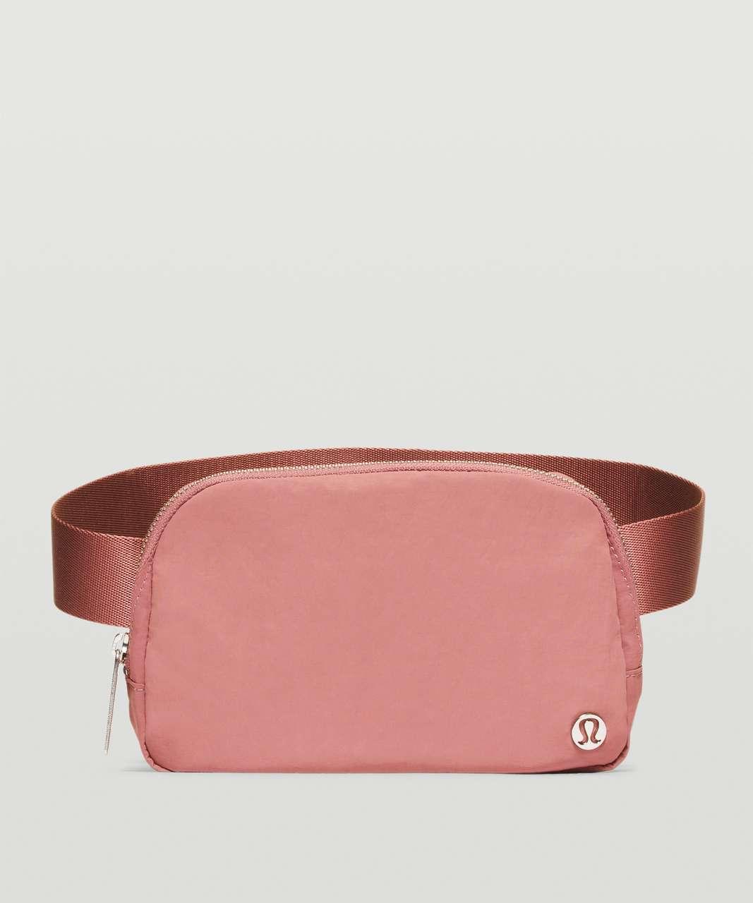 Lululemon Everywhere Belt Bag *1L - Spiced Chai