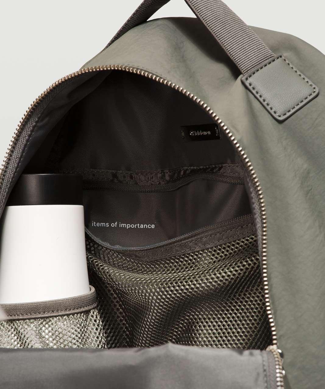 Lululemon City Adventurer Backpack Mini 10L - Grey Sage / Silver
