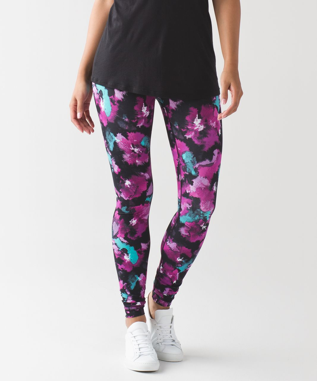 11bcfe560 Lululemon Wunder Under Pant (Hi-Rise) - Midnight Bloom Black Deep Fuschia -  lulu fanatics