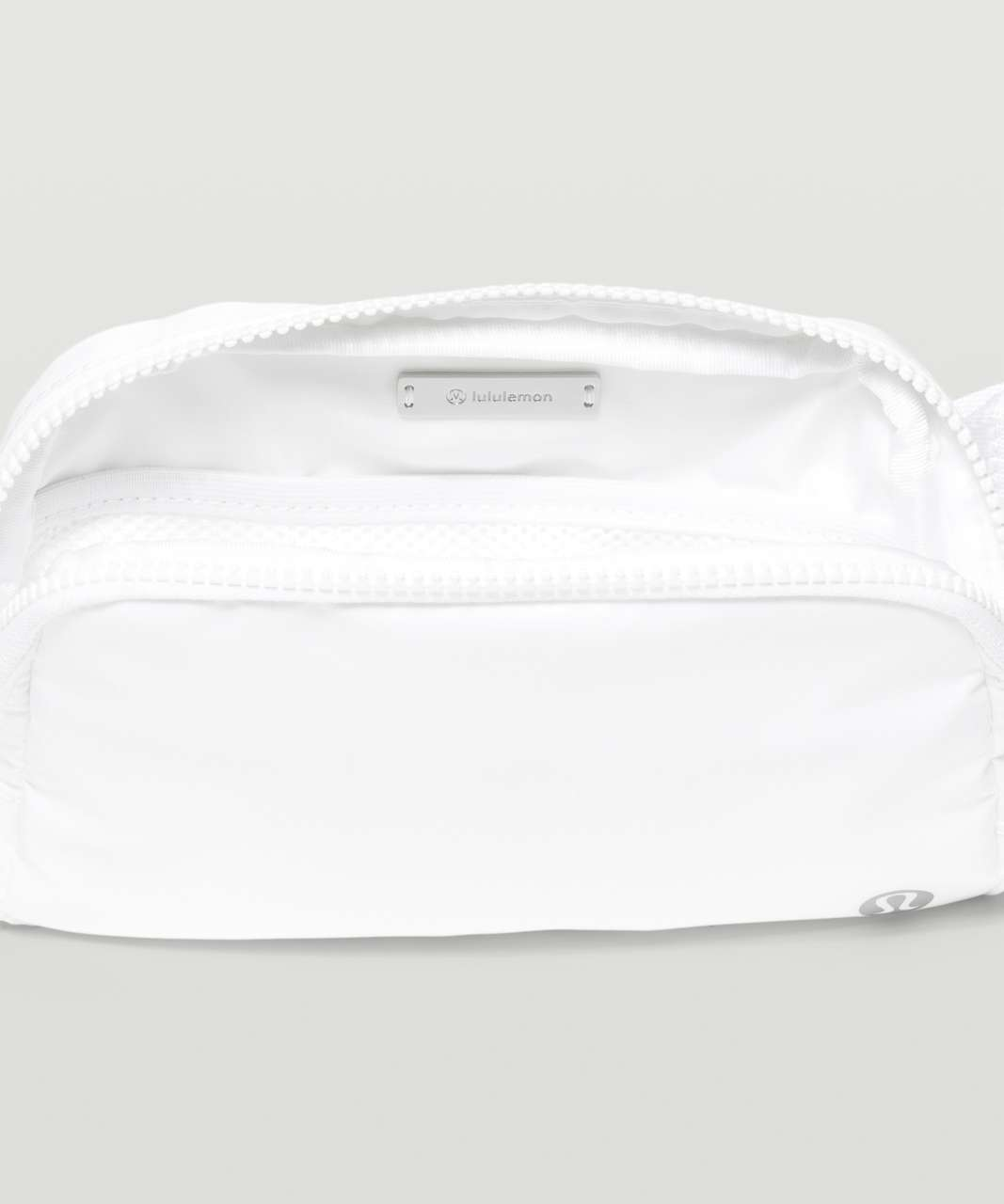 Lululemon Everywhere Belt Bag *1L - White